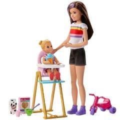 Barbie Familia Baño Skipper y bebé